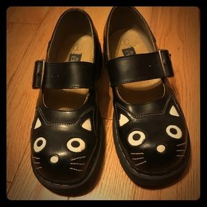 Leather Kitty Mary Jane Shoes